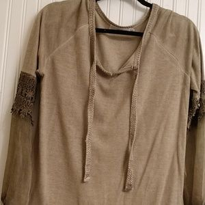 easel Tops - Soft tan tunic w/ cotton woven tie detail at nec